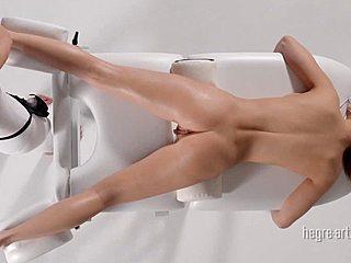 Madaj erotik Erotic Massage